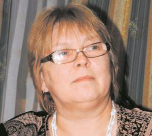 Наблюдая природу - Л. А. Брюханкова